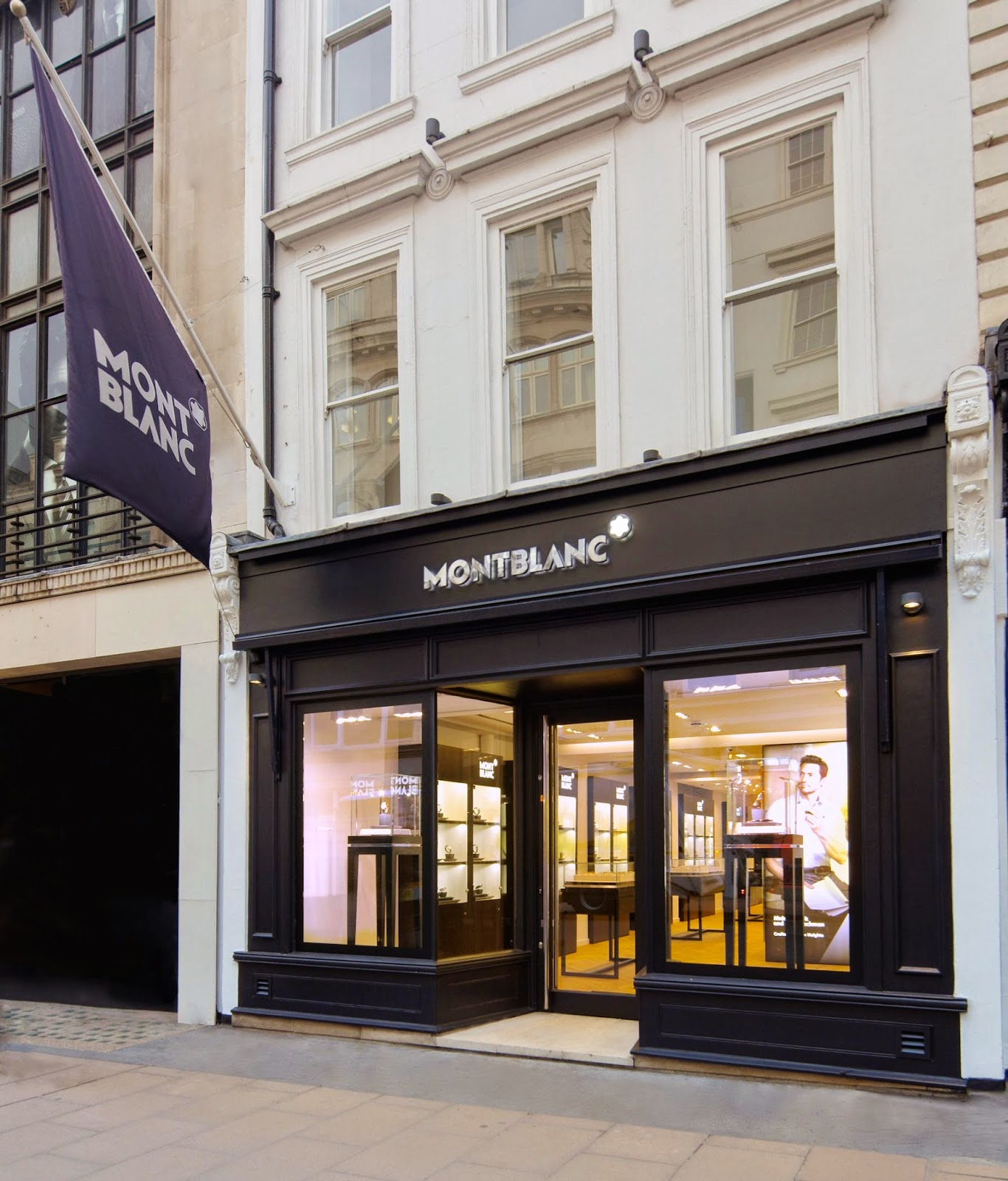 montblanc store london. Black Bedroom Furniture Sets. Home Design Ideas